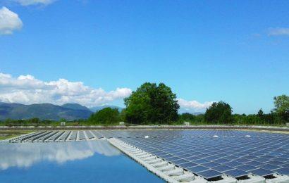 Solare: moduli su bacini idroelettrici per ridurre l'occupazione di suolo