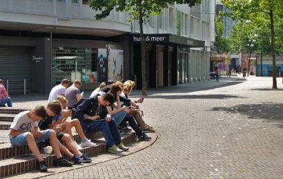 Giovani: iPhone o non-iPhone, cosa siete disposti a fare per il clima?